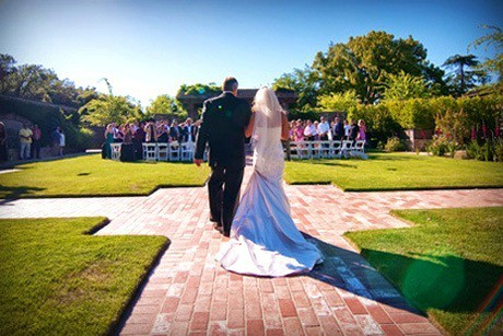 Wedding Processional Songs for Walking Down the Aisle